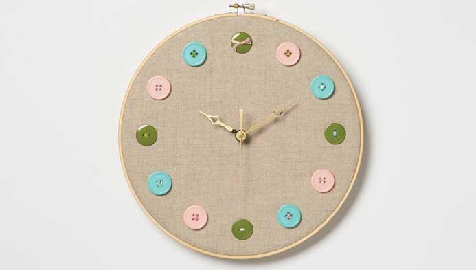 Kids' Button Clock