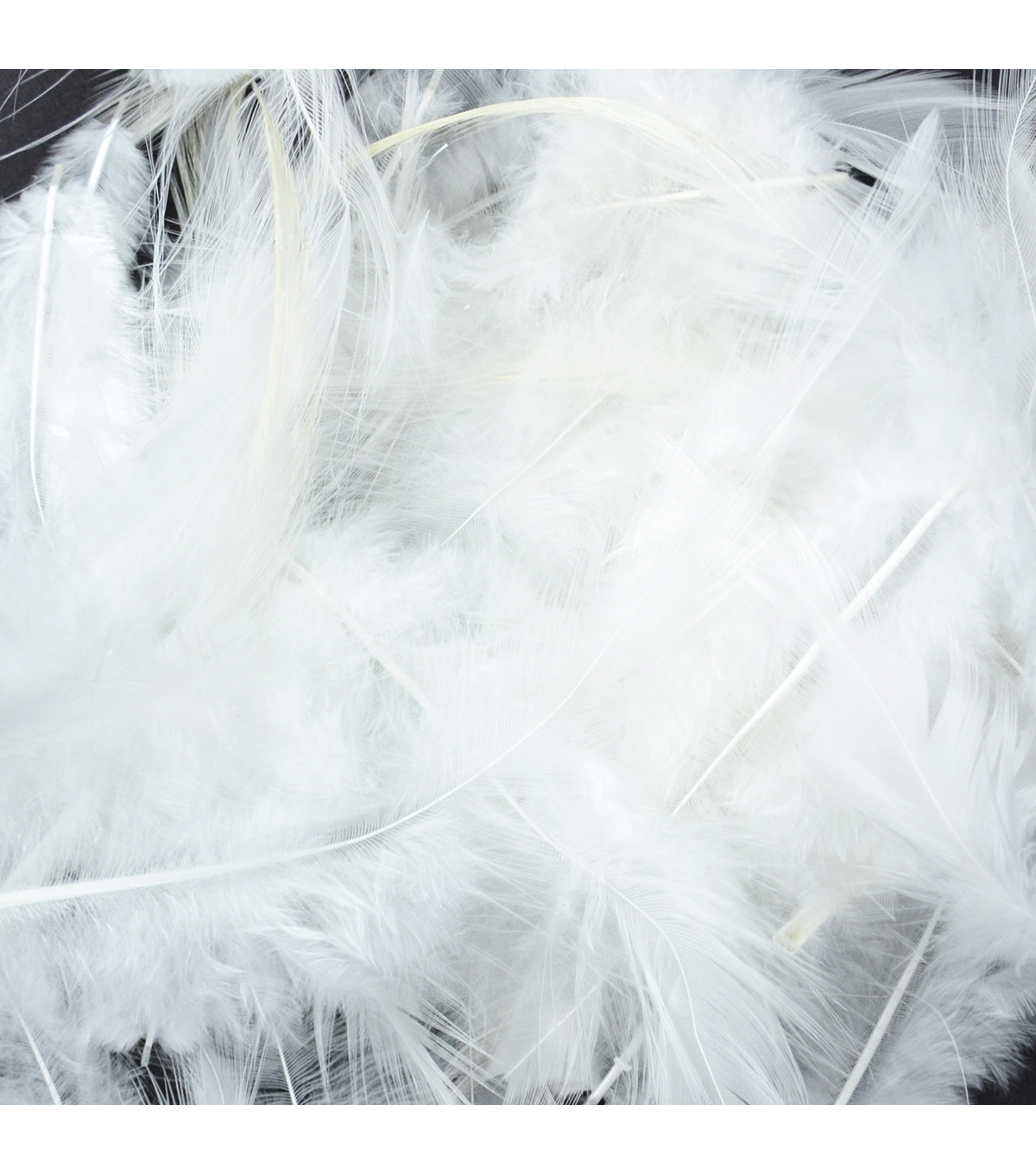Dyed Saddle Hackle Feathers 7 grams White, 1 package