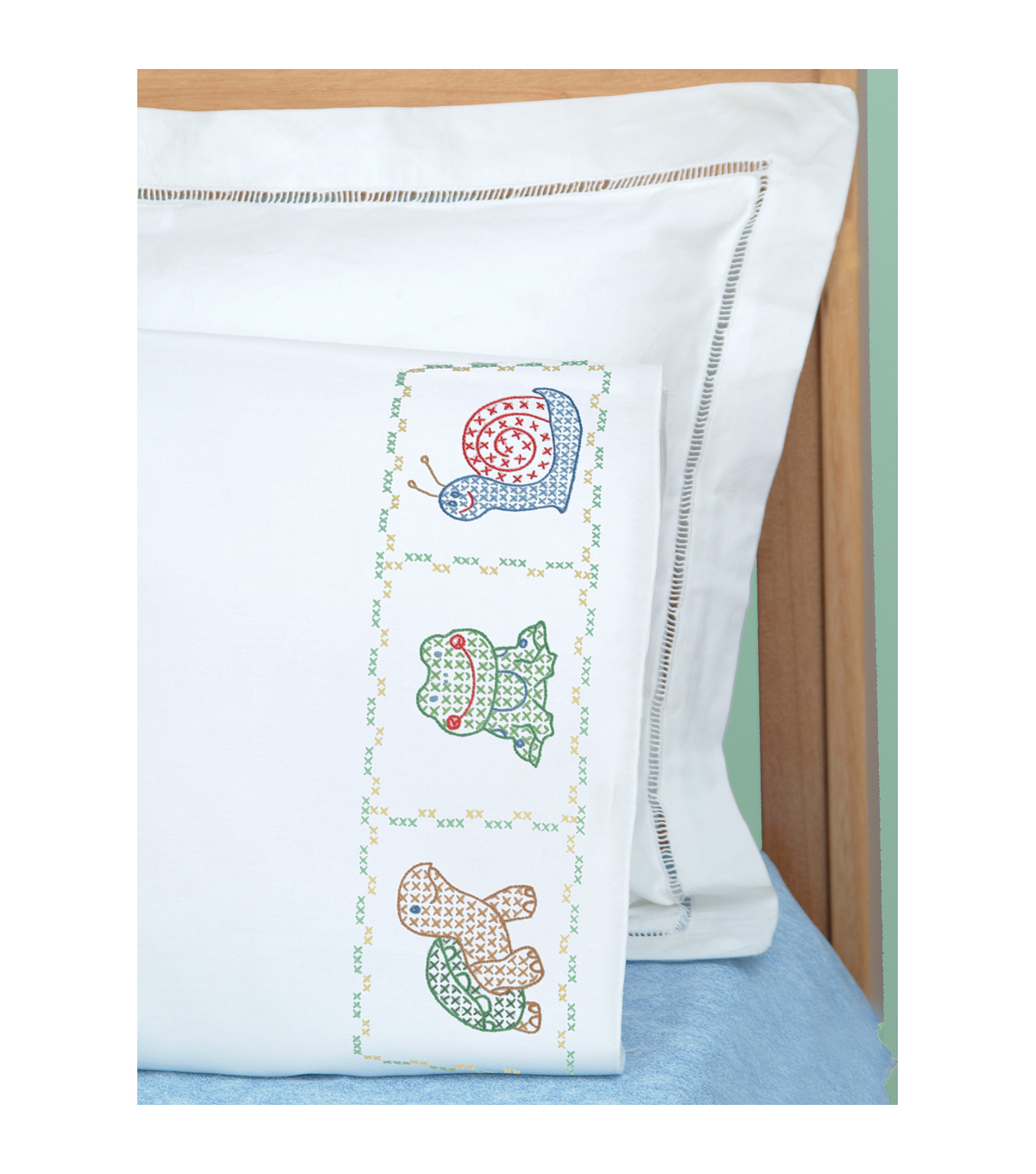 Jack Dempsey Children\u0027s Stamped Pillowcase With Perle Edge Froggy