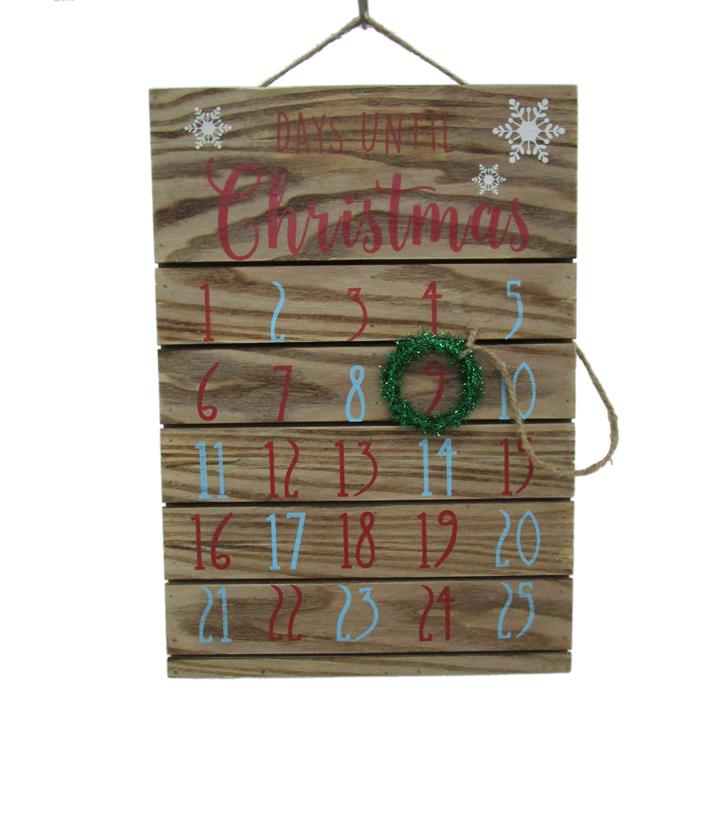 Beautiful Maker\u0027s Holiday Christmas Countdown Calendar Wall Decor