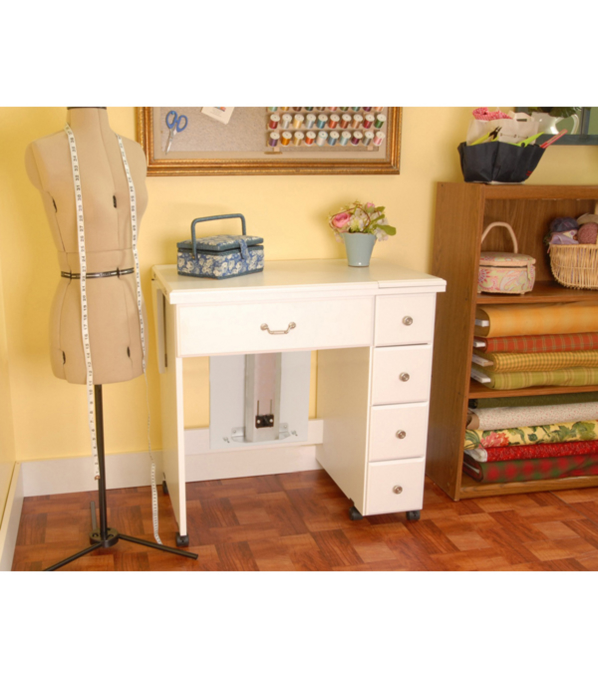 Homespun Auntie Em Sewing Machine Cabinet