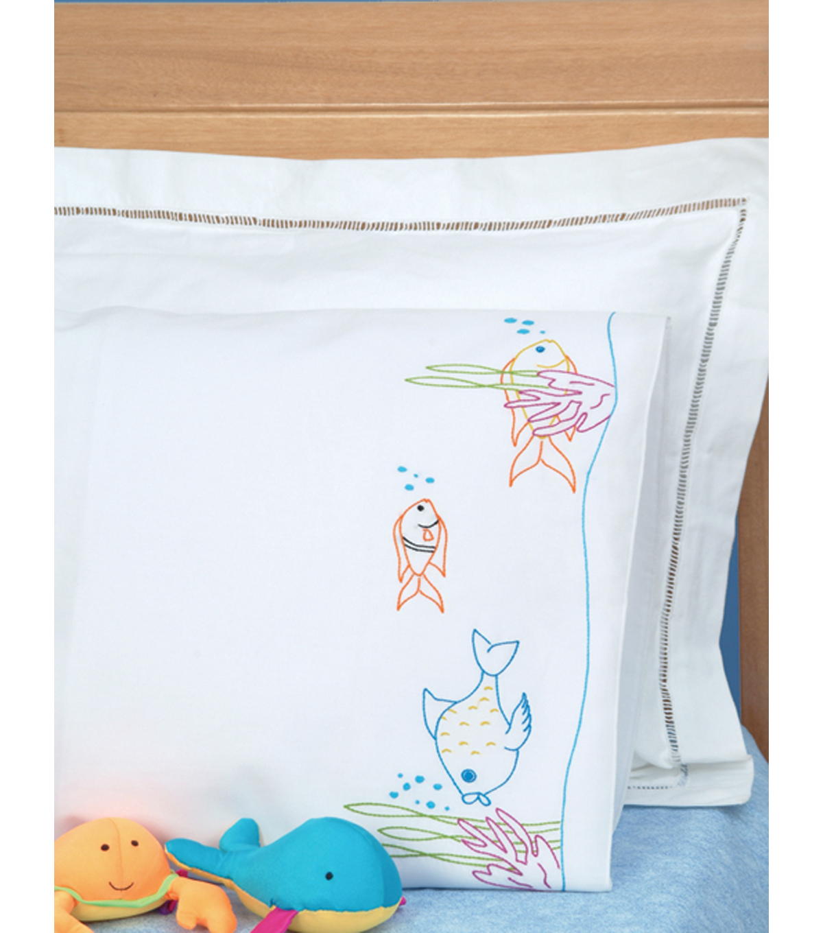 Children's Stamped Pillowcase w/White Perle Edge-Fish At Play