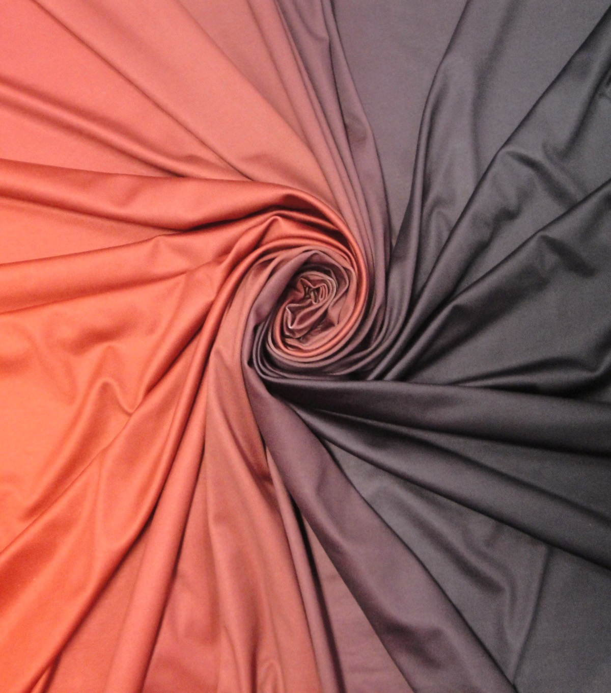 Yaya Han Cosplay Spandex Fabric 60\u0027\u0027-Ombre Black, Burgundy & Red