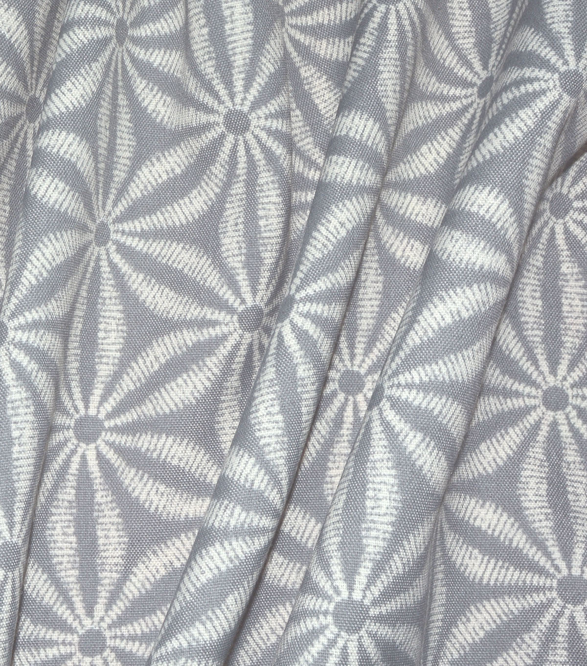 Tommy Bahama Outdoor Fabric 54\u0022-Star Batik Silver Beach