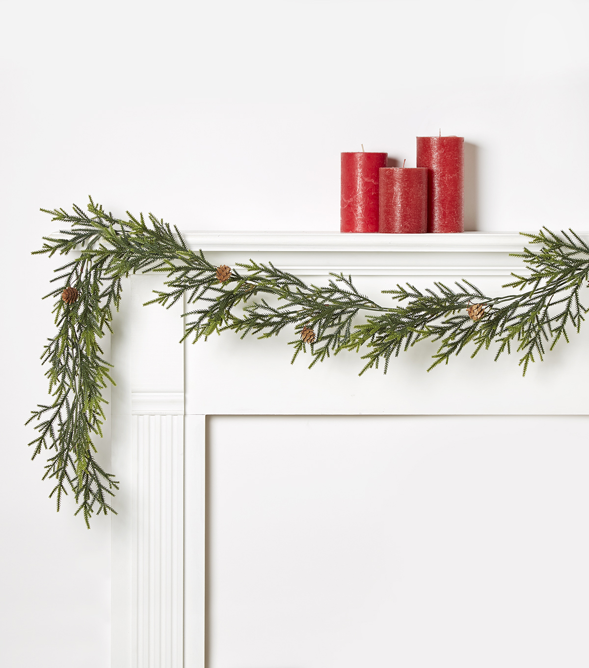Blooming Holiday Ombre Fern With Pinecones Garland-Green