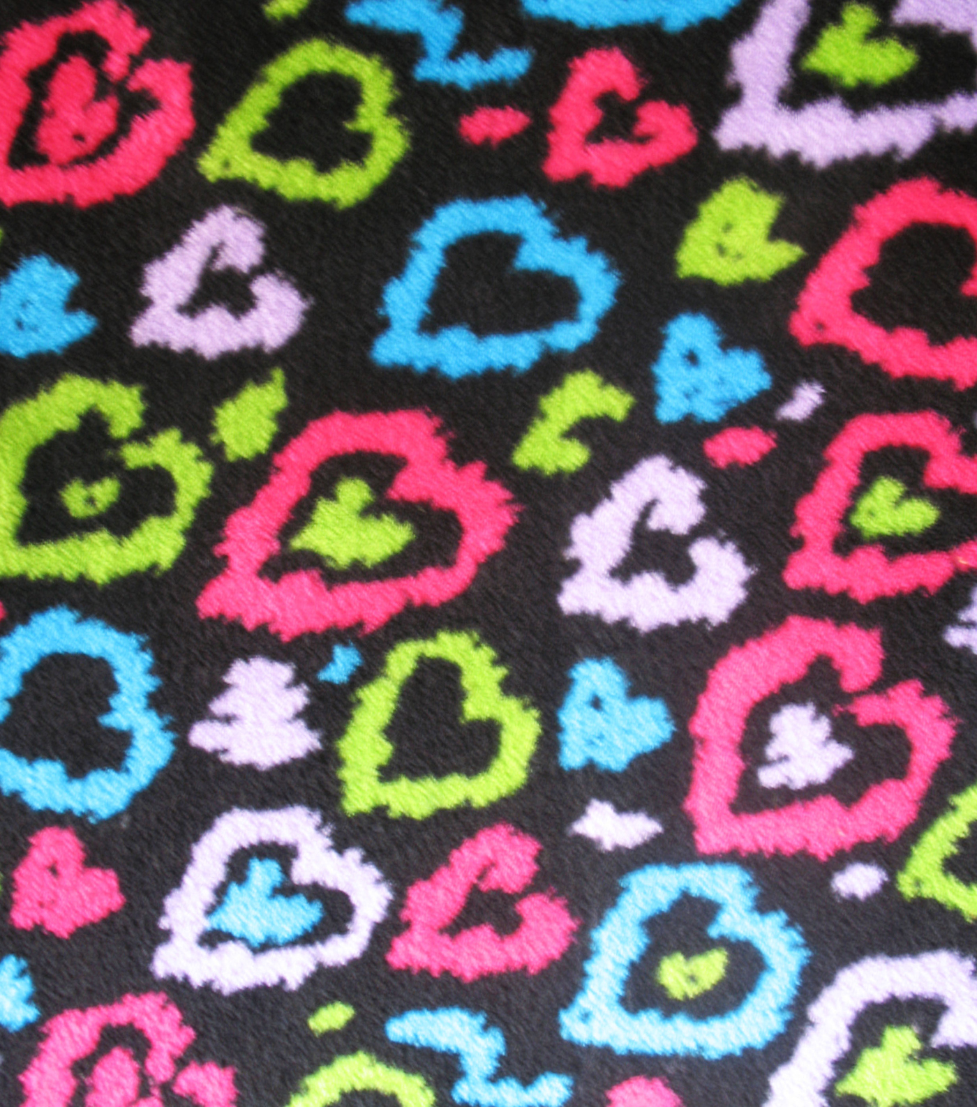 "Ultra Fluffy Fleece Fabric 57""-Cheetah Hearts"