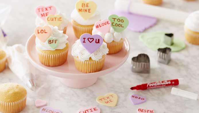 Kids' Conversation Heart Cupcakes