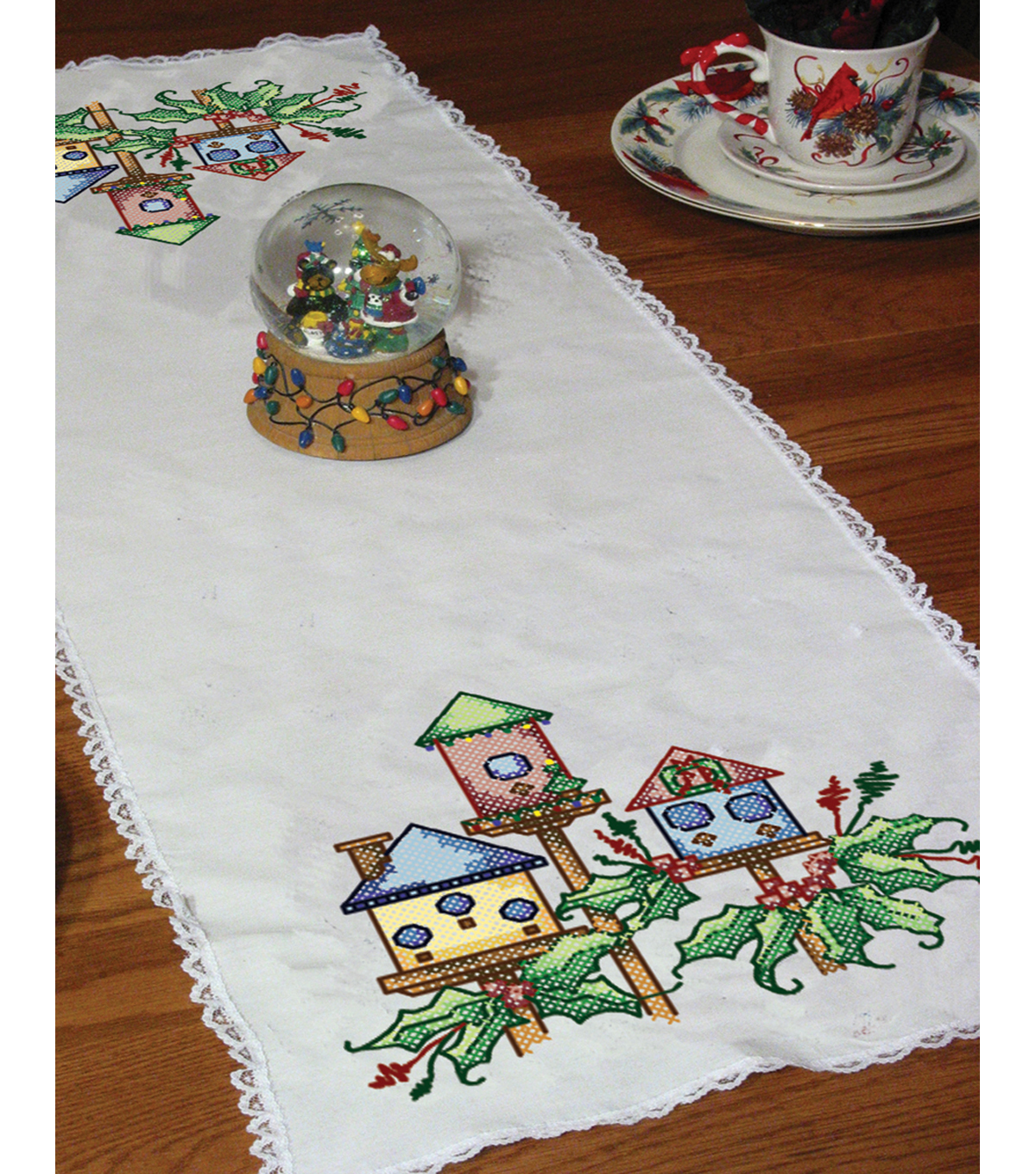 Stamped Lace Edge Table Runner 15\u0022X42\u0022-Birdhouse