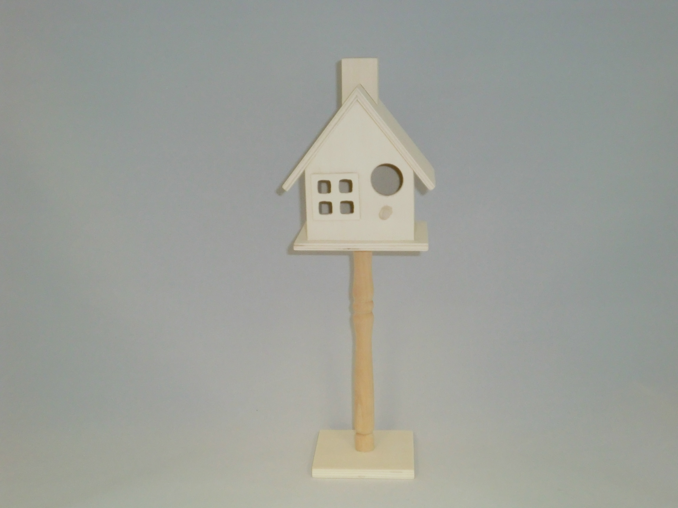 Small Birdhouse On Stand Style C