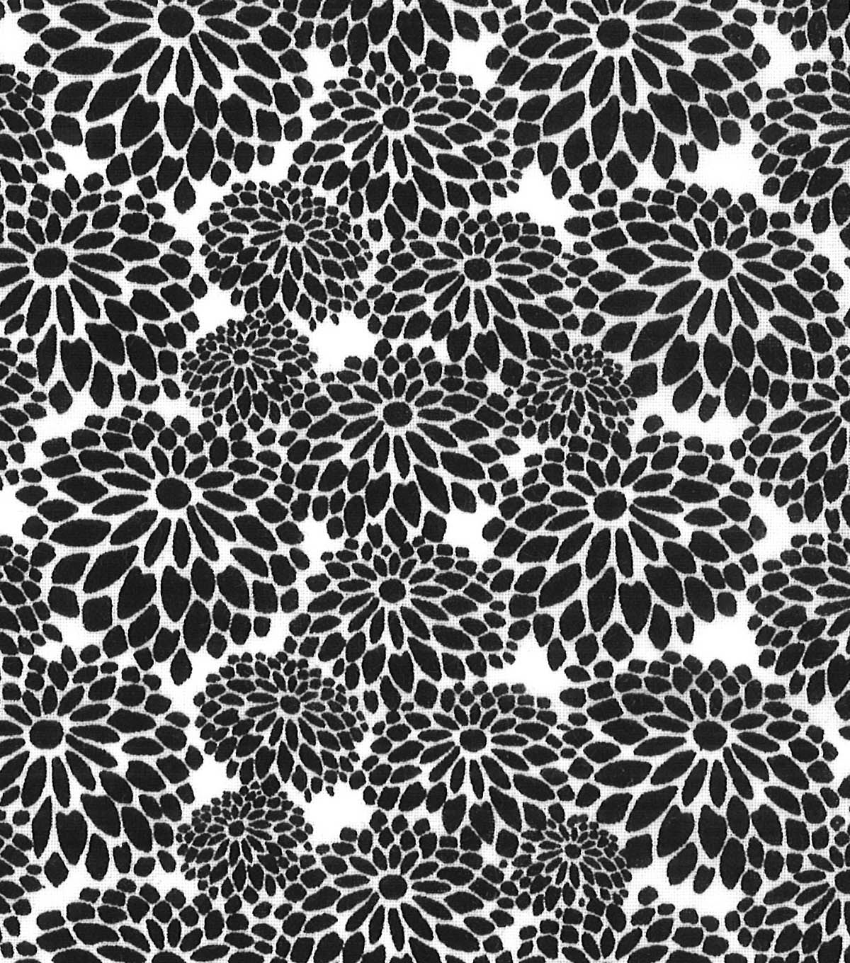 Quilter's Showcase™ Fabric 44''-Black Mum Floral