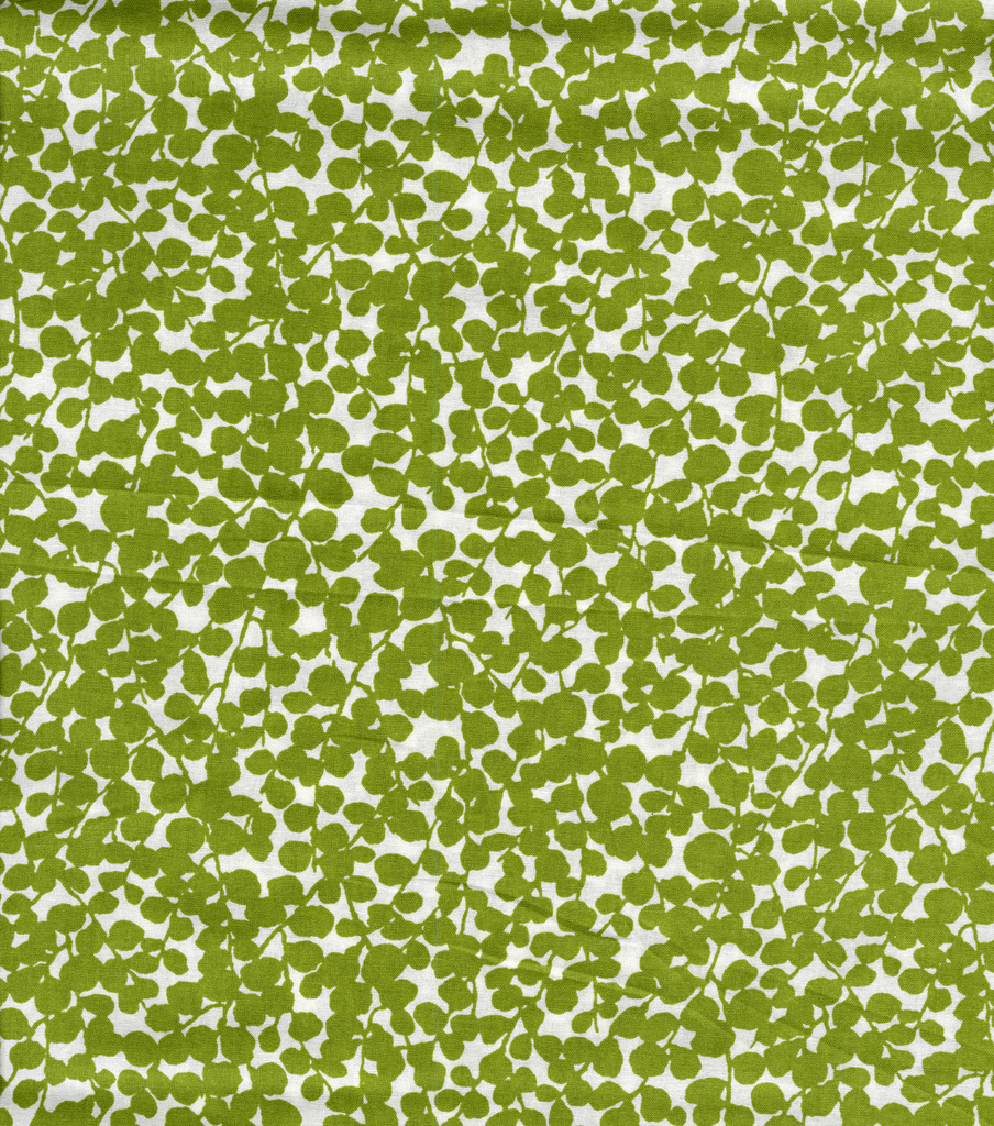 Keepsake Calico™ Cotton Fabric-Boxwood Lime