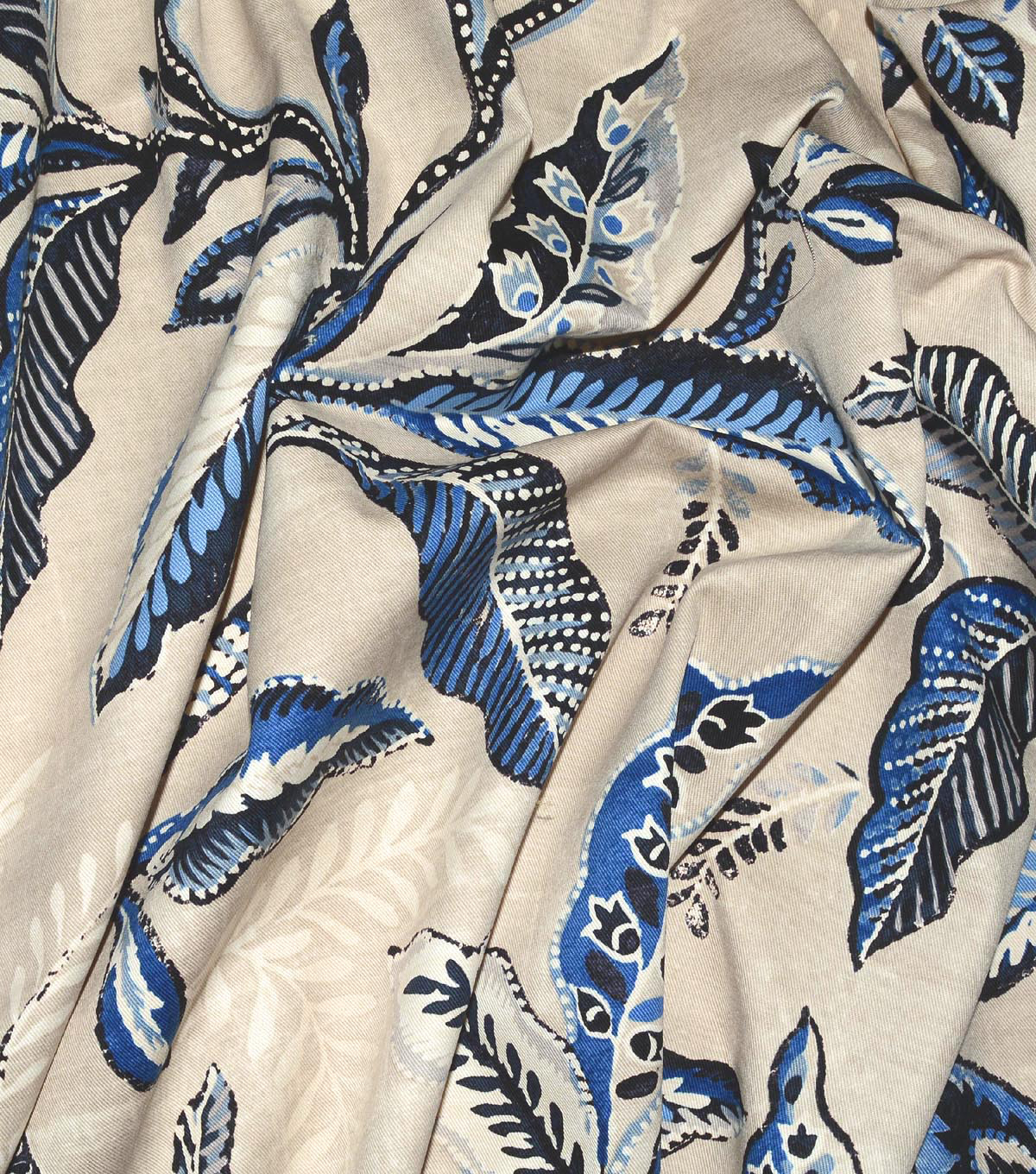 Waverly Upholstery Fabric 54\u0022-Key of Life Indigo