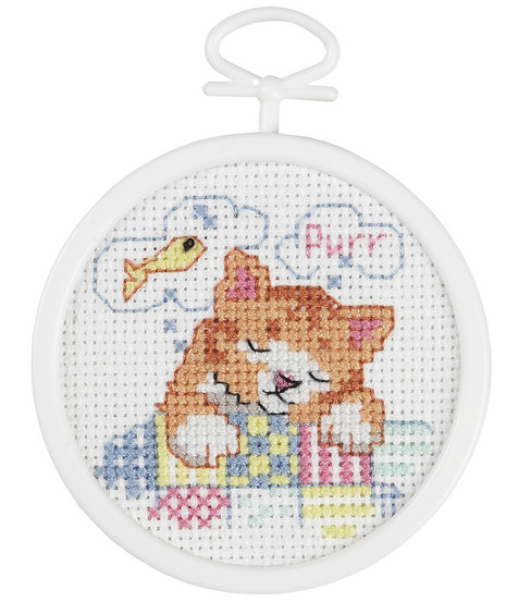 Dreaming Kitty Mini Counted Cross Stitch Kit-2-1/2\u0022 Round 18 Count