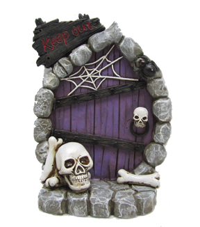 Maker's Halloween Littles Resin Door With Skulls & Spiderweb