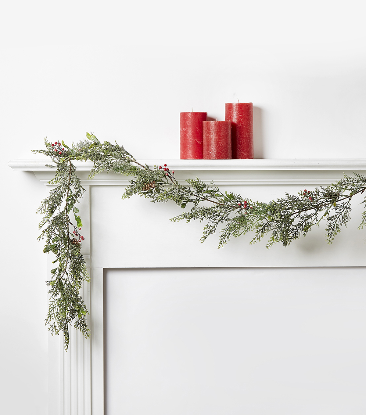 Blooming Holiday Cedar Pine Garland