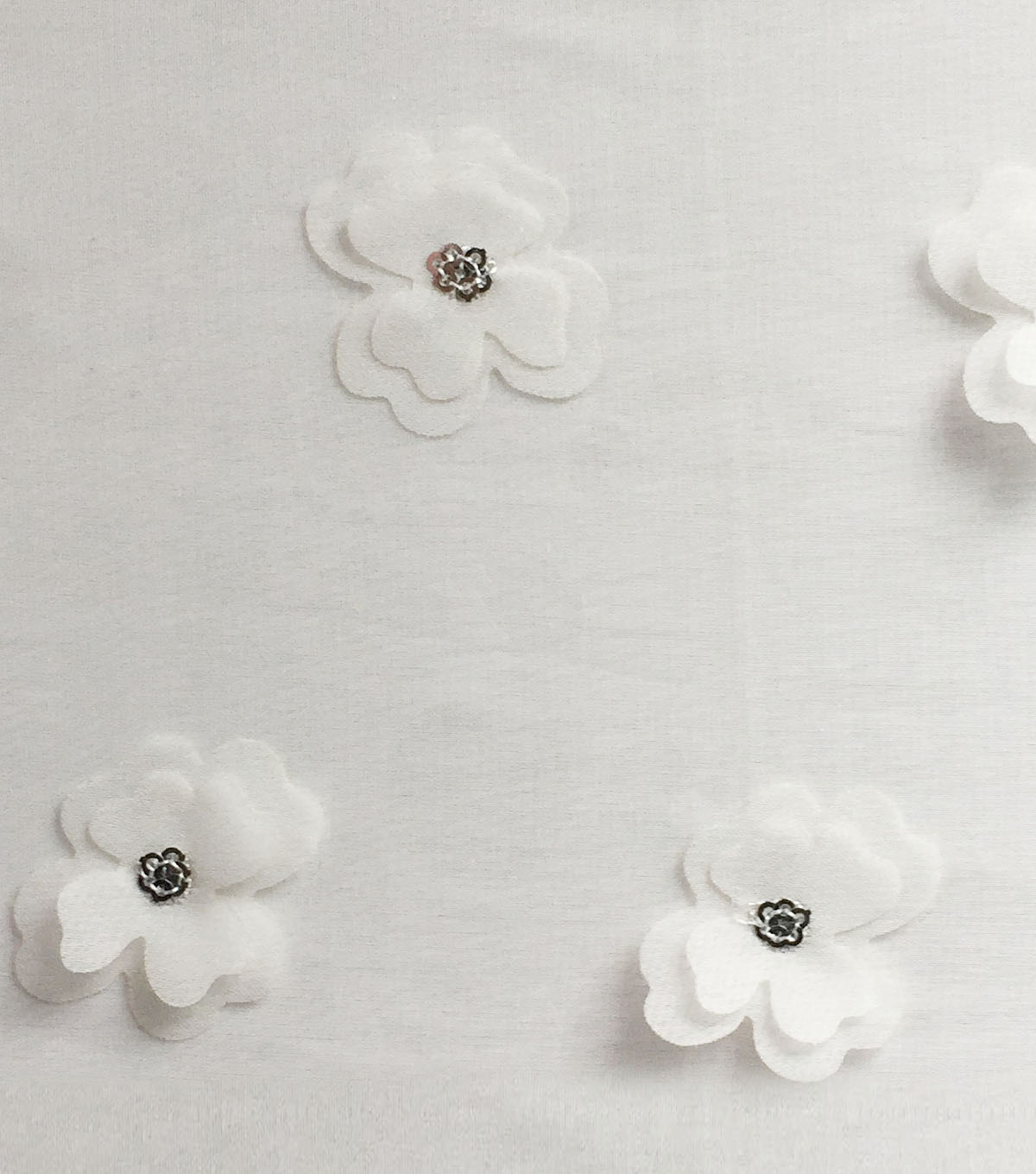 "Sew Sweet Fabric 3D Mini Flower 56""-White"