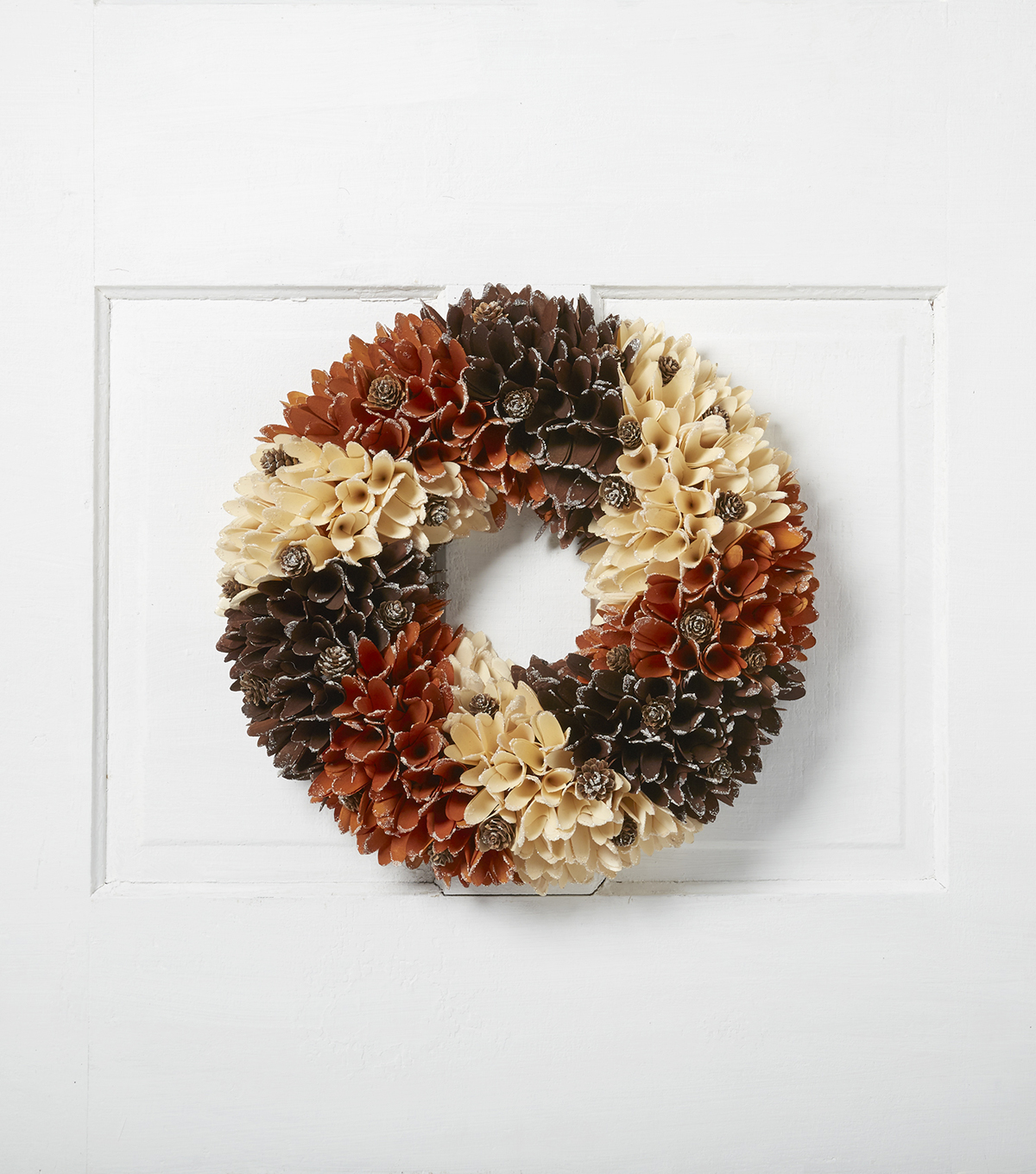Blooming Autumn 18'' Wood Flower Wreath