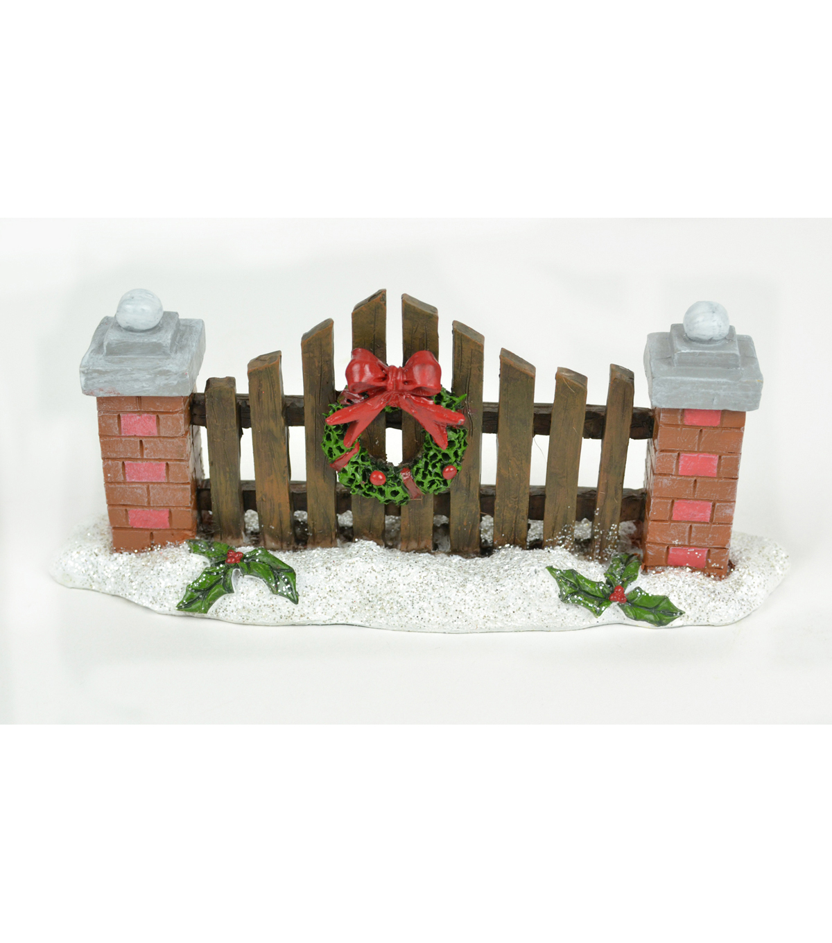 Maker's Holiday Littles 7'' Wreath on Fence Figurine