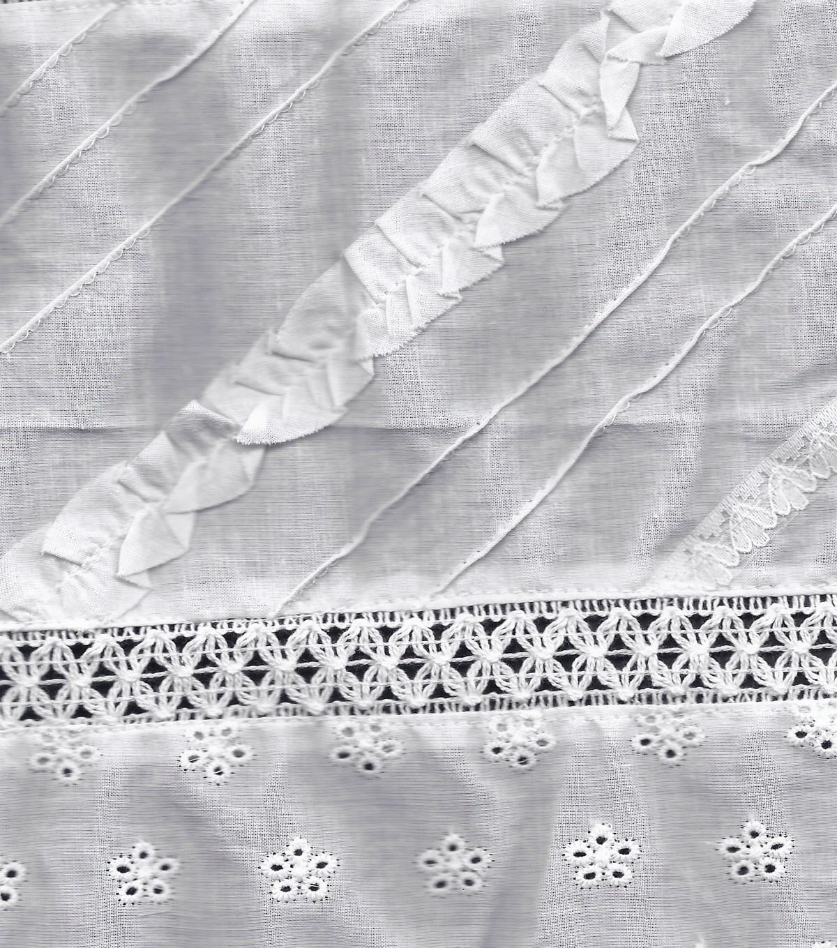 Fashion Fabric-Pintuck Lace Patchwork White Cotton
