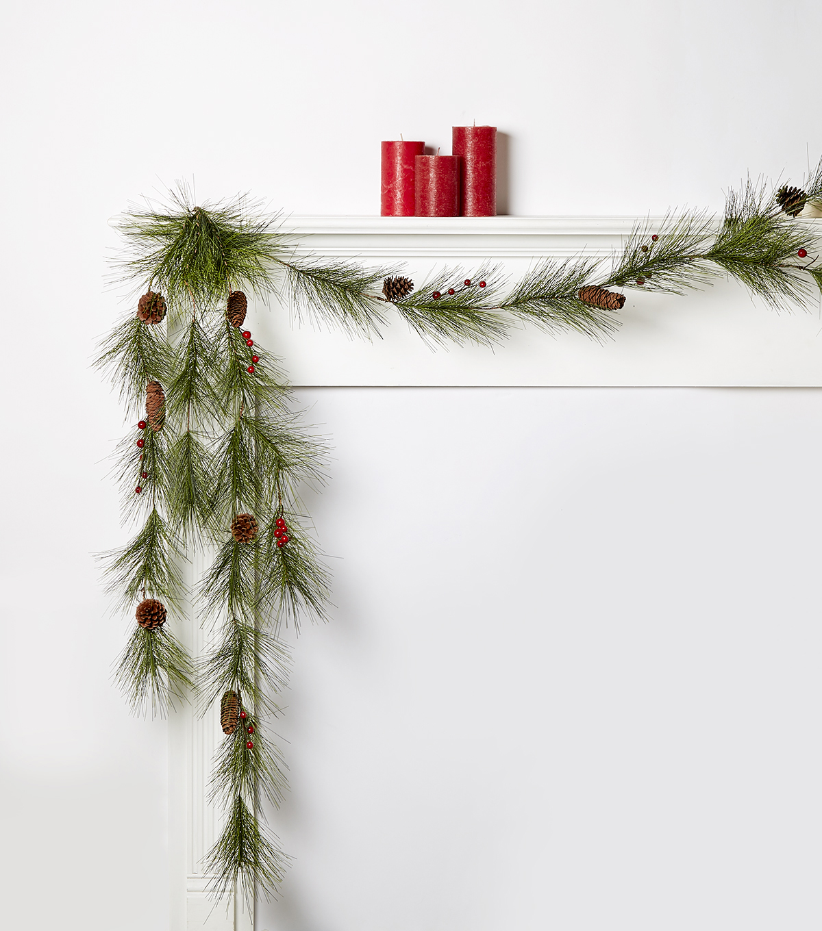 Blooming Holiday Long Needle With Berries Garland