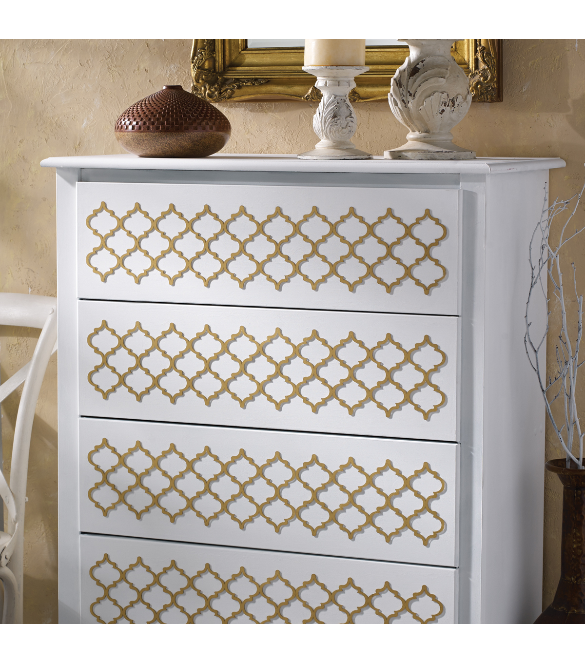 Buttercream™ Audrey Collection Long Furniture Applique-Quatrefoil
