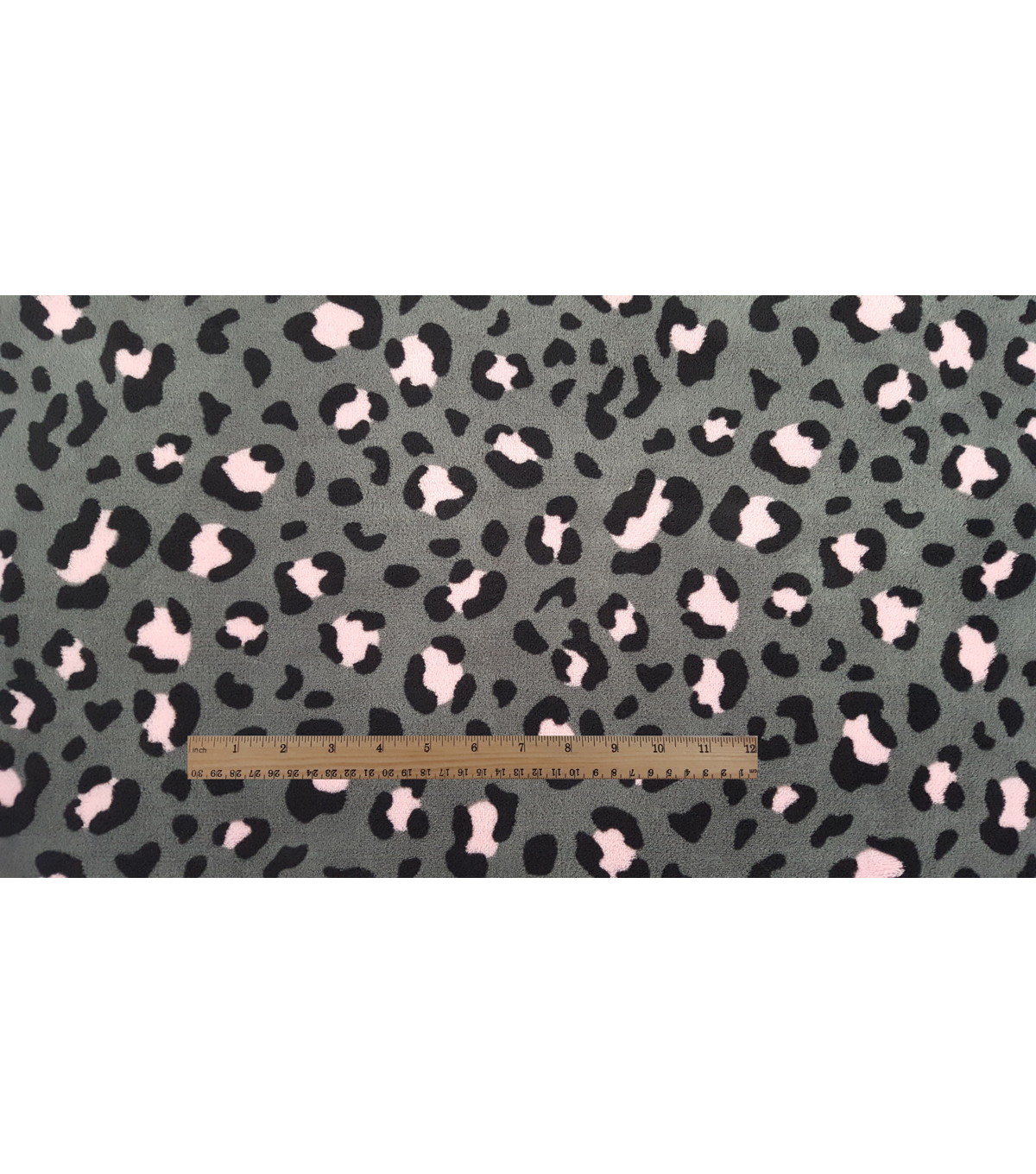 Ultra Fluffy® Fleece Fabric 57\u0022-Pink Calm Cheetah