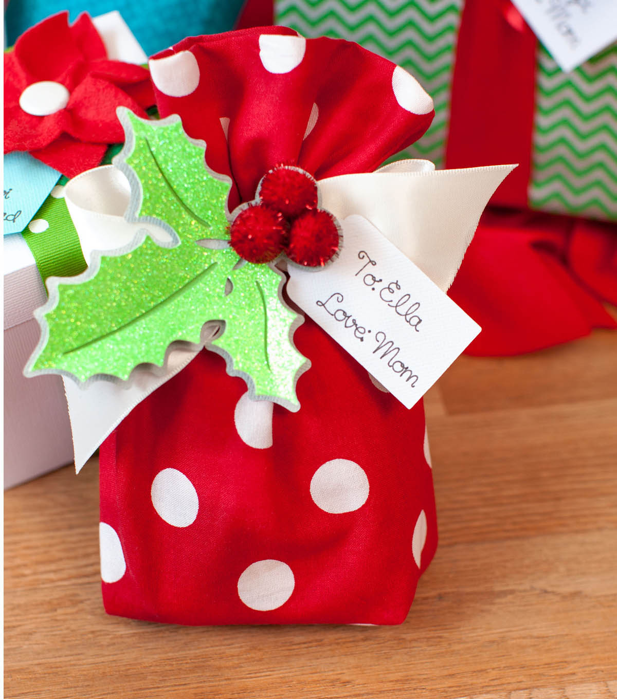 Holly Berry Gift Tag and Fabric Bag