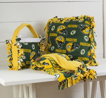 Packers Pillow, Purse and Blanket Set