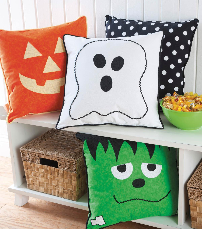 18 halloween faced pillow - Halloween Pillows