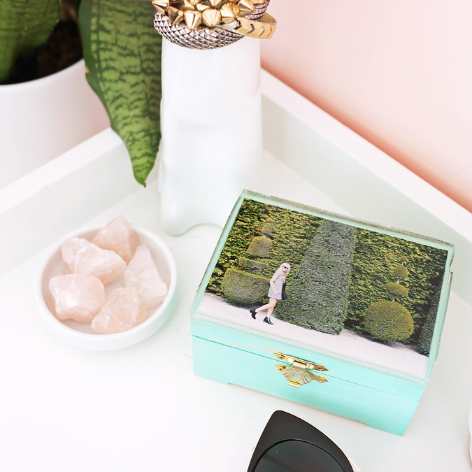 DIY Epoxy Jewelry Box