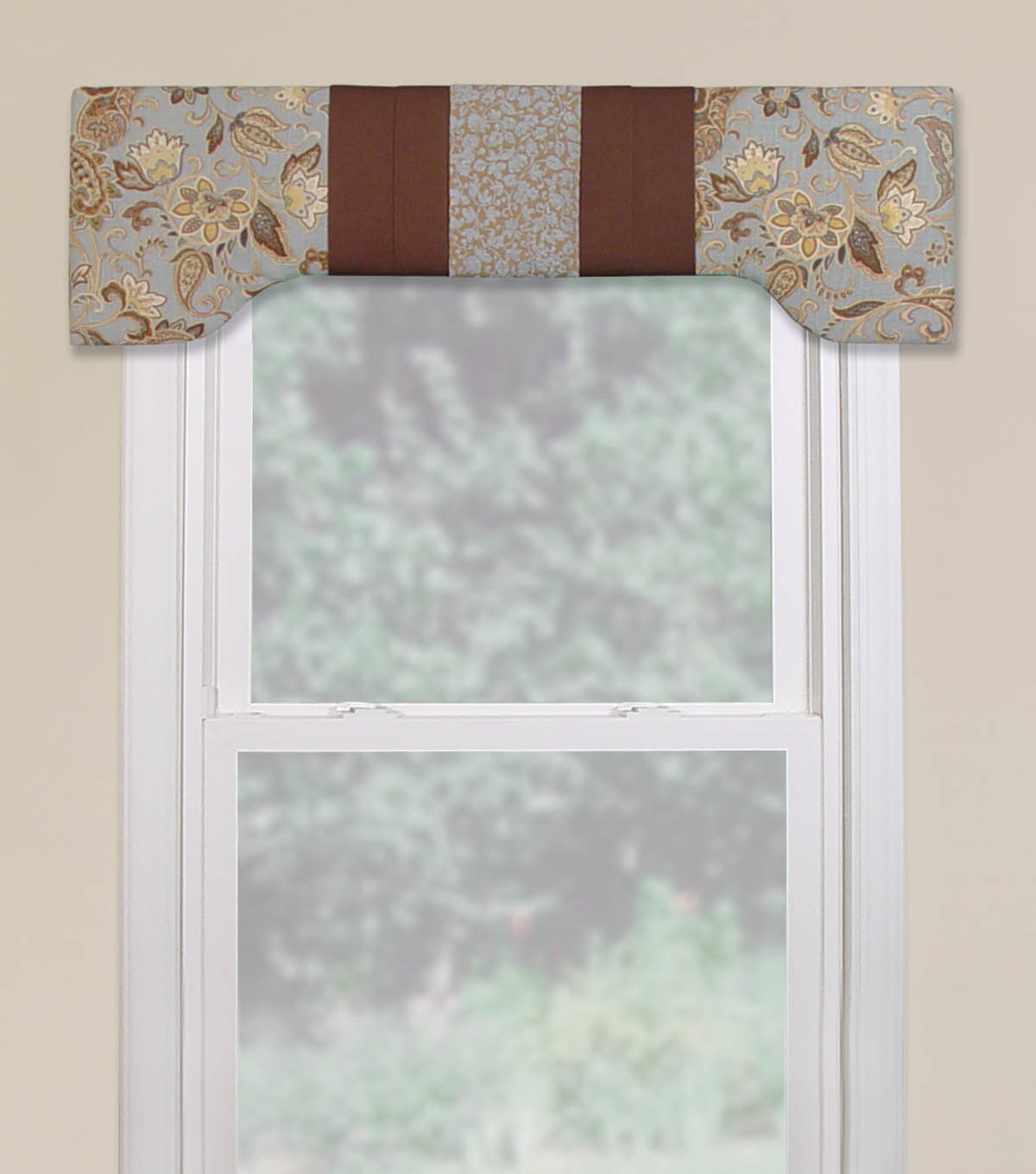 Chesapeake Cornice with Pleated Wrap