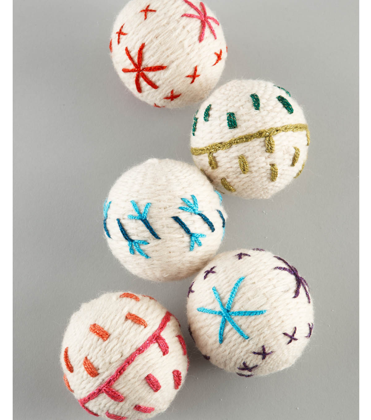 Bonbons Fisherman\u0027s Wool Yarn Crafted Ornaments