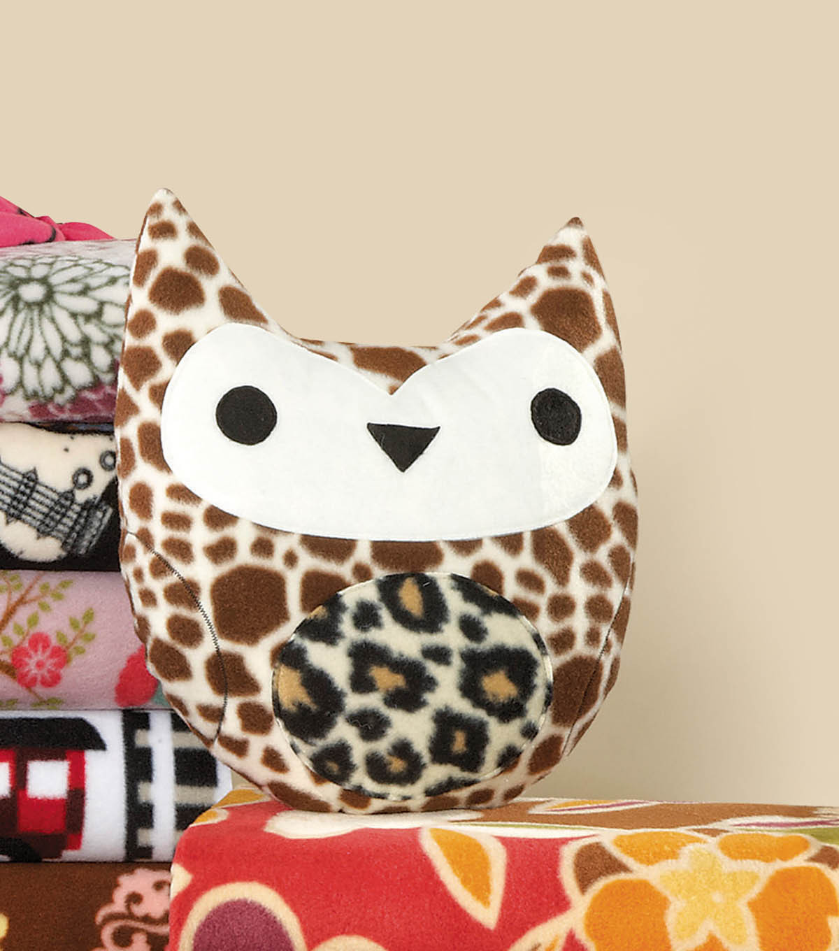 Stuffed Owl Accent
