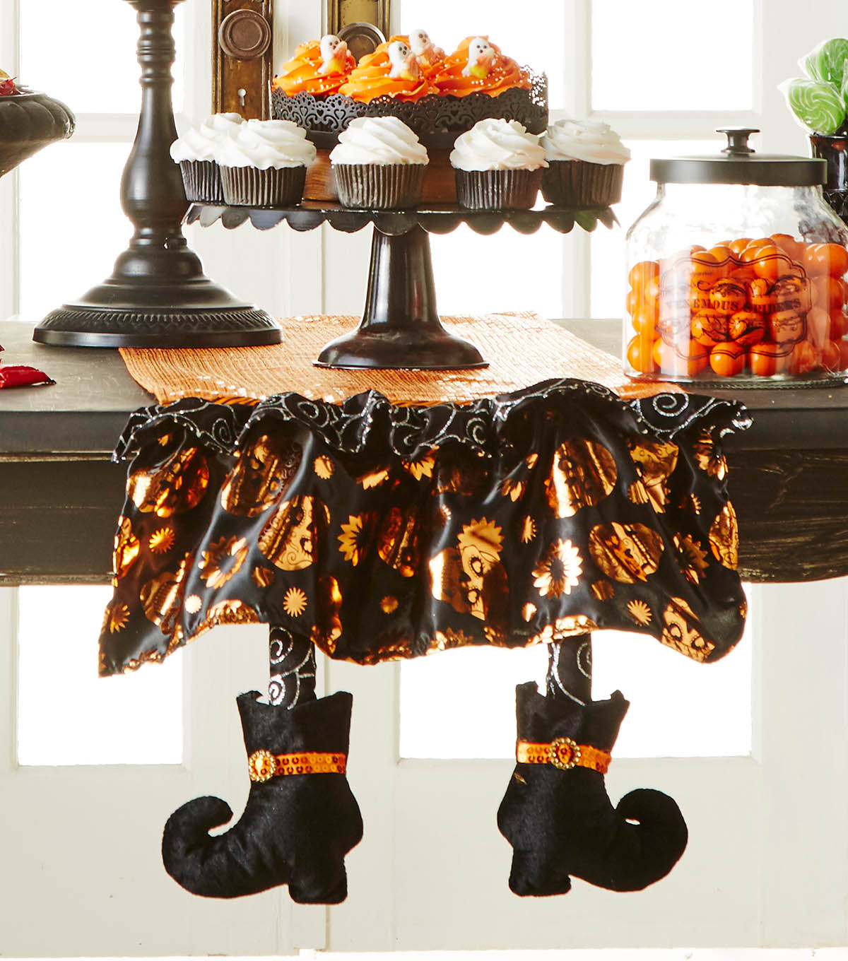 how to make a make it your own halloween table runner