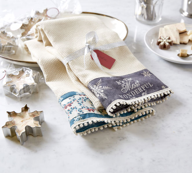 Makers Guide: Holiday Dish Towels