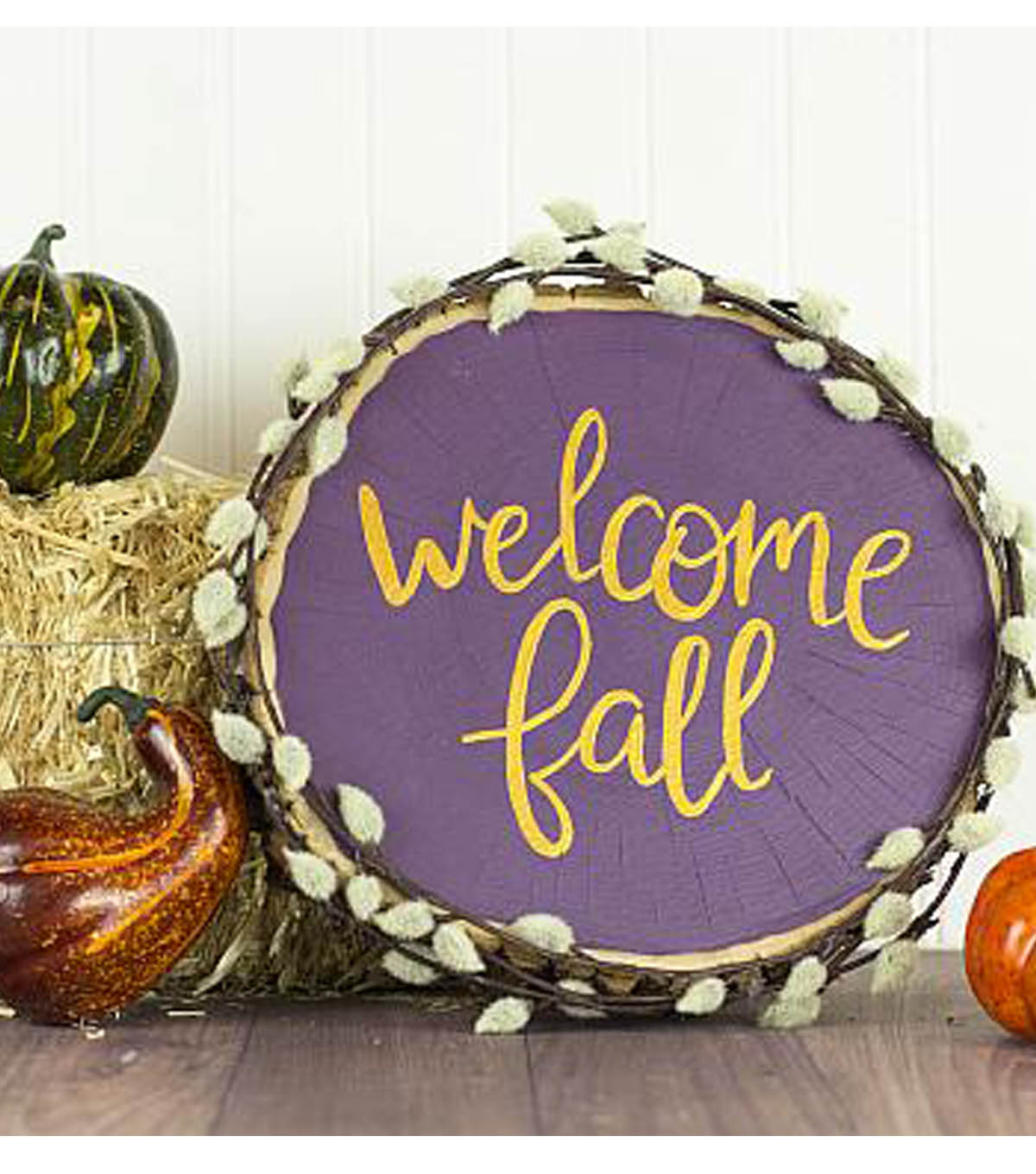 How To Make A Welcome Fall Wooden Round Decor