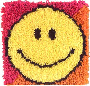 "Wonderart Latch Hook Kit 12""X12""-Smiley Face"
