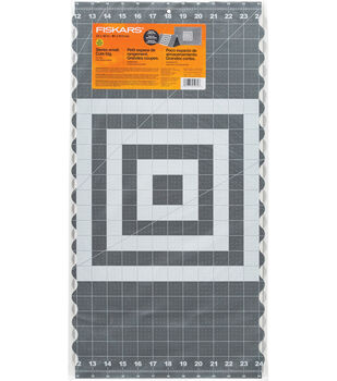 Fiskars 24''x36'' Self-healing Folding Cutting Mat