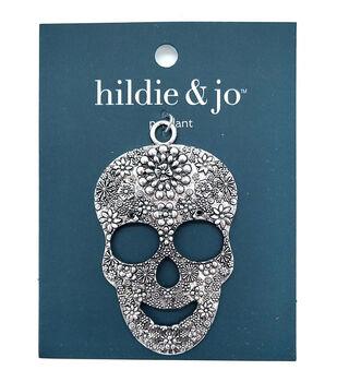 hildie & jo Halloween Metal Skull Pendant