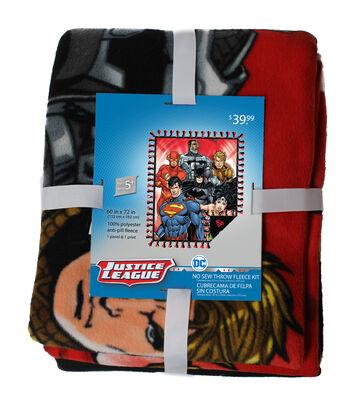 DC Comics Justice League No Sew Throw Fleece Kit-Group