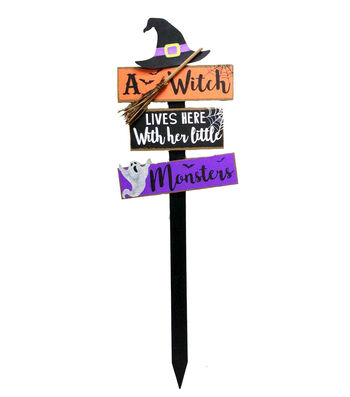 Maker's Halloween Wood Yard Stake-A Witch Lives Here