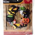 Bucilla 17\u0027\u0027 Round Witch\u0027s Brew Felt Wreath Applique Kit