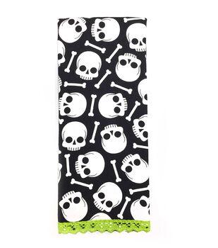 Maker's Halloween 16''x28'' Towel-Skulls & Bones