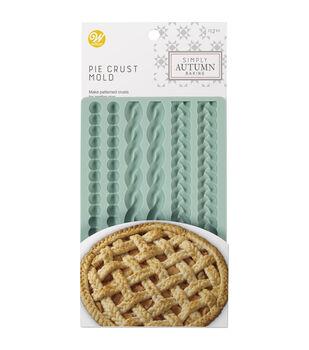 Wilton Simply Autumn Silicone Pie Crust Mold-Sage