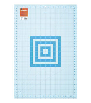 Fiskars 24''x36'' Fashion Cutting Mat