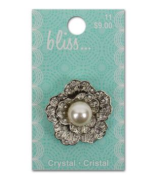 Bliss Crystal And Pearl Flower Button