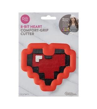 Rosanna Pansino By Wilton 8-Bit Heart Comfort Grip Cutter