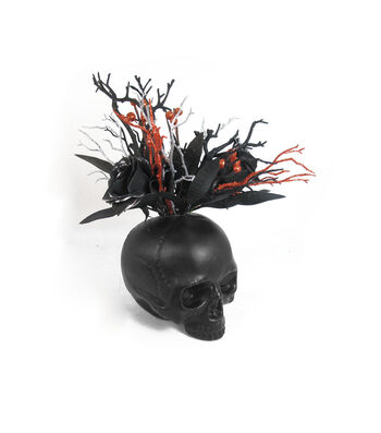 Maker's Halloween Skull Arrangement-Black
