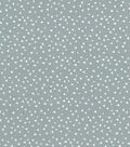 Quilter\u0027s Showcase Cotton Fabric -Scattered Triangles on Light Gray
