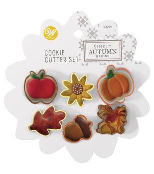 Wilton Simply Autumn Pie Cookie Cutter Set-Floral Acorn